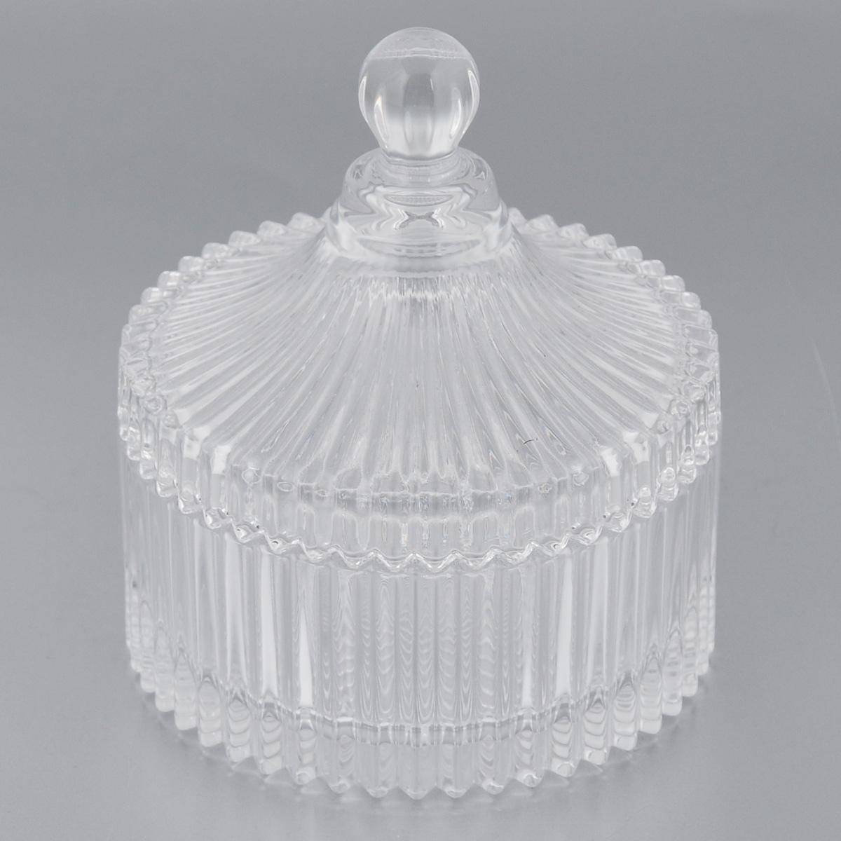 Конфетница Soga Diamond Fire, с крышкой, диаметр 11 смZ1476WЭлегантная конфетница Soga Diamond Fire, изготовленная из прочного стекла, имеет многогранную рельефную поверхность. Конфетница оснащена крышкой с удобной ручкой. Изделие предназначено для подачи сладостей (конфет, сахара, меда, изюма, орехов и многого другого). Она придает легкость, воздушность сервировке стола и создаст особую атмосферу праздника. Конфетница Soga Diamond Fire не только украсит ваш кухонный стол и подчеркнет прекрасный вкус хозяина, но и станет отличным подарком для ваших близких и друзей. Можно мыть в посудомоечной машине. Диаметр конфетницы (по верхнему краю): 11 см. Высота конфетницы (с учетом крышки): 12 см.