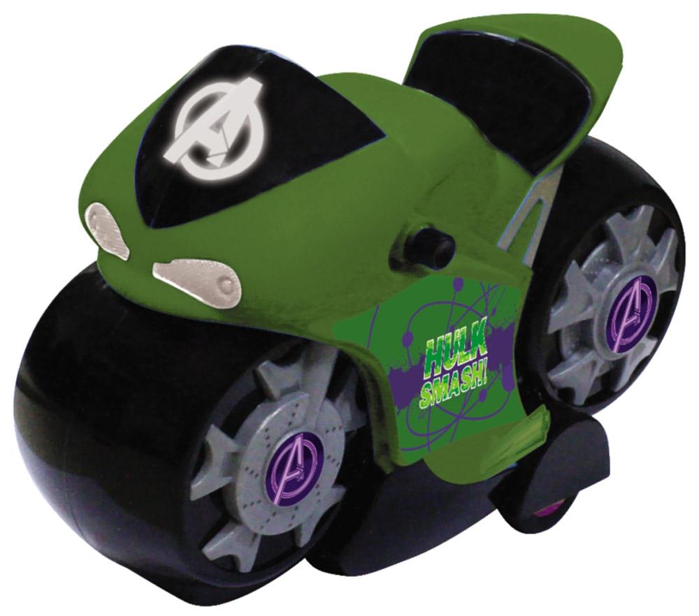 Avengers Мотоцикл инерционный цвет зеленый5073_зеленыйМотоцикл супергероев из вселенной Мстители! На лобовом стекле мотоцикла и на дисках колёс нанесён логотип «Мстителей», на бортах эмблема супергероя. Мотоцикл изготовлен из высококачественного прочного пластика и принесет ребёнку массу удовольствия во время игры. Световые эффекты.