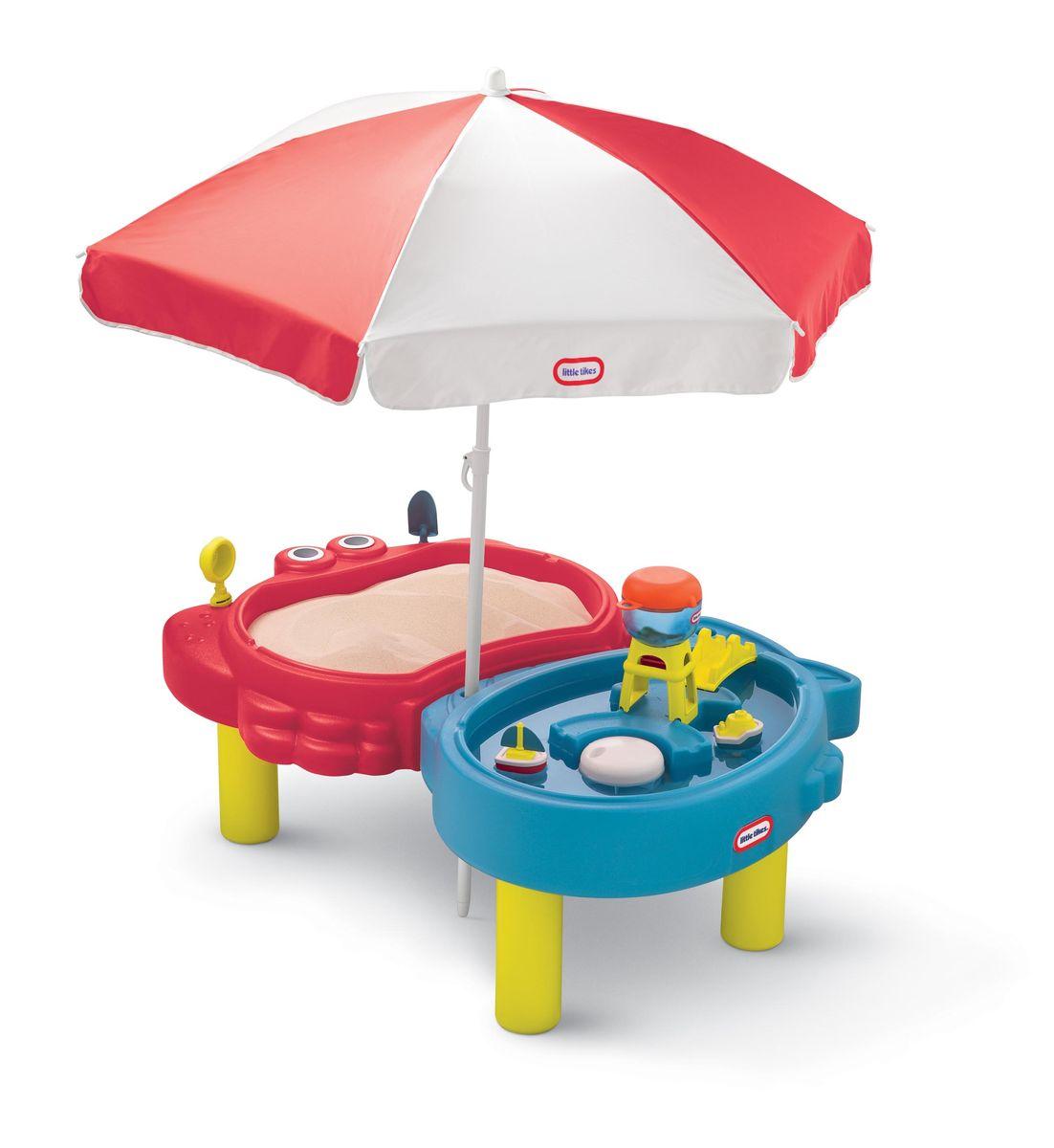 Little Tikes Стол-песочница с зонтом401LКомпактный стол-песочница с зонтом Little Tikes выполнен из высококачественного пластика. Уникально стилизованный стол для игры с водой и песком позволяет сразу нескольким детям исследовать пустыню и океан. Две игровых зоны - одна для игры с песком, другая для интерактивной игры с водой. Многофункциональные крышки для каждой зоны дают дополнительные игровые поверхности, а также защищают от мусора. Зонт защищает детей от солнца и непогоды Столик легко собирать, разбирать, хранить и чистить. Выполнен в ярких тонах - такой столик будет отлично смотреться на любой лужайке или дома. У изделия отсутствуют острые углы, что делает его безопасным для маленьких детишек.