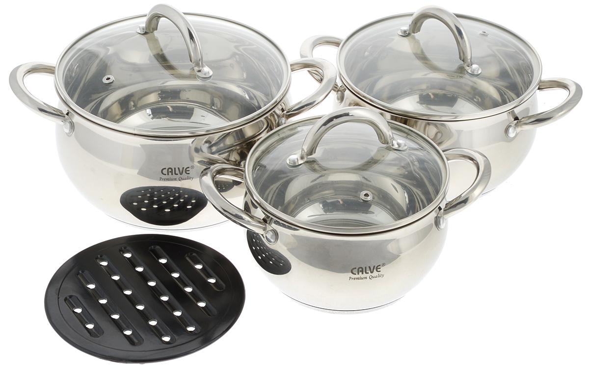 Набор посуды Calve, 7 предметов. CL-1068CL-1068Набор посуды Calve состоит из трех кастрюль со стеклянными крышками и подставки. Предметы набора выполнены из нержавеющей стали 18/10 с трехслойным термоаккумулирующим дном. Крышки имеют металлический обод и отверстие для выпуска пара. Равномерное распределение температуры по всей поверхности обеспечивает быстрое приготовление пищи. Изделия оснащены эргономичными ручками для более удобной переноски. Подставка выполнена из бакелита. Посуда подходит для всех типов плит: электрических, стеклокерамических, газовых, галогеновых и индукционных. Рекомендуется мыть в ручную. Диаметр кастрюль (по верхнему краю): 17 см, 19 см, 21 см. Ширина кастрюль (с учетом ручек): 25 см, 27,5 см, 29,5 см. Высота стенок кастрюль: 10 см, 11 см, 12 см. Объем кастрюль: 1,9 л, 2,6 л, 3,6 л. Диаметр подставки: 16,5 см.