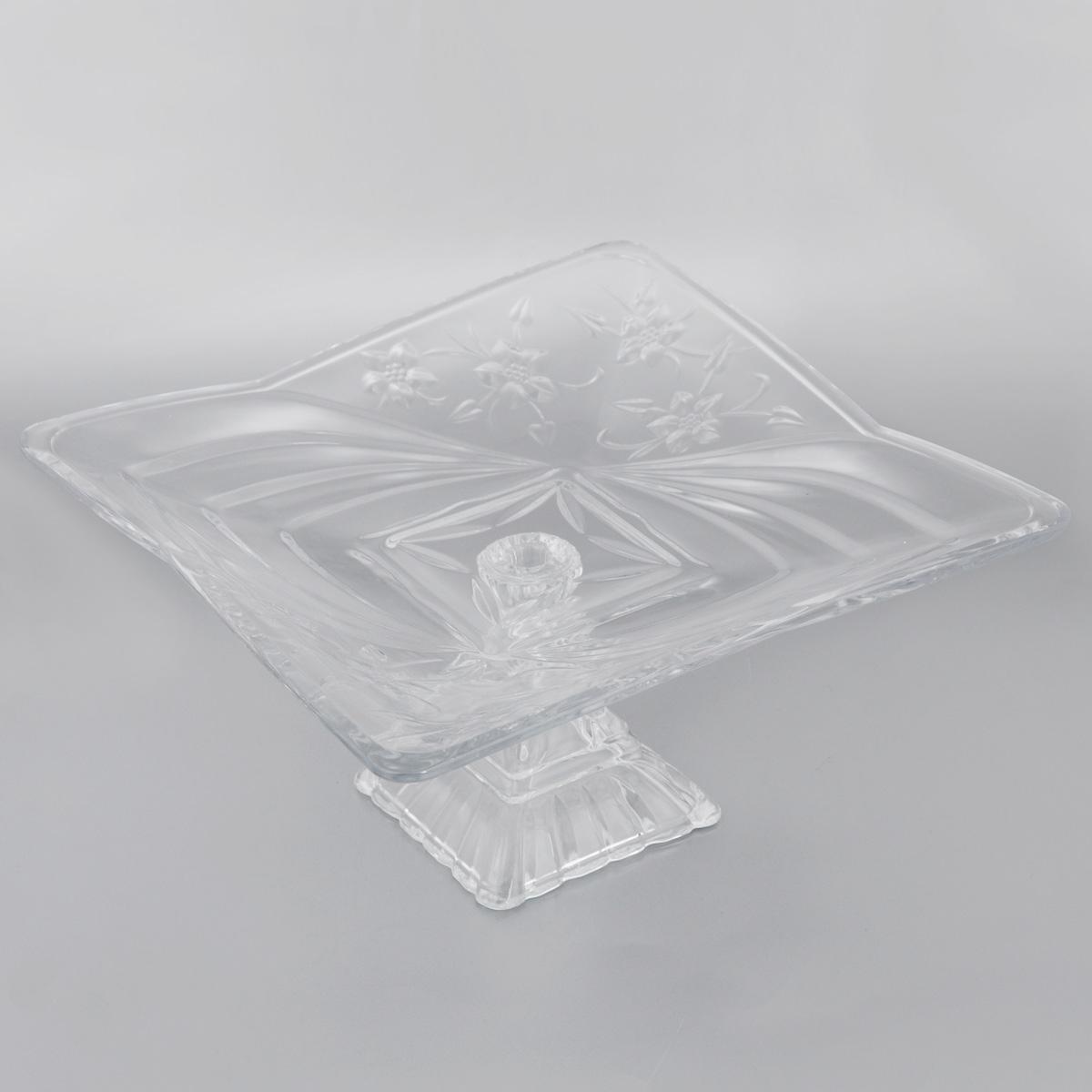 Конфетница на ножке Soga Клематис, 29 х 29 смZ2966WЭлегантная конфетница Soga Клематис на ножке, изготовленная из прочного стекла, имеет многогранную рельефную поверхность. Конфетница предназначена для красивой сервировки сладостей. Изделие придется по вкусу и ценителям классики, и тем, кто предпочитает утонченность и изящность. Конфетница Soga Клематис украсит сервировку вашего стола и подчеркнет прекрасный вкус хозяина, а также станет отличным подарком. Можно мыть в посудомоечной машине. Размер по верхнему краю: 29 х 29 см. Высота: 15 см.