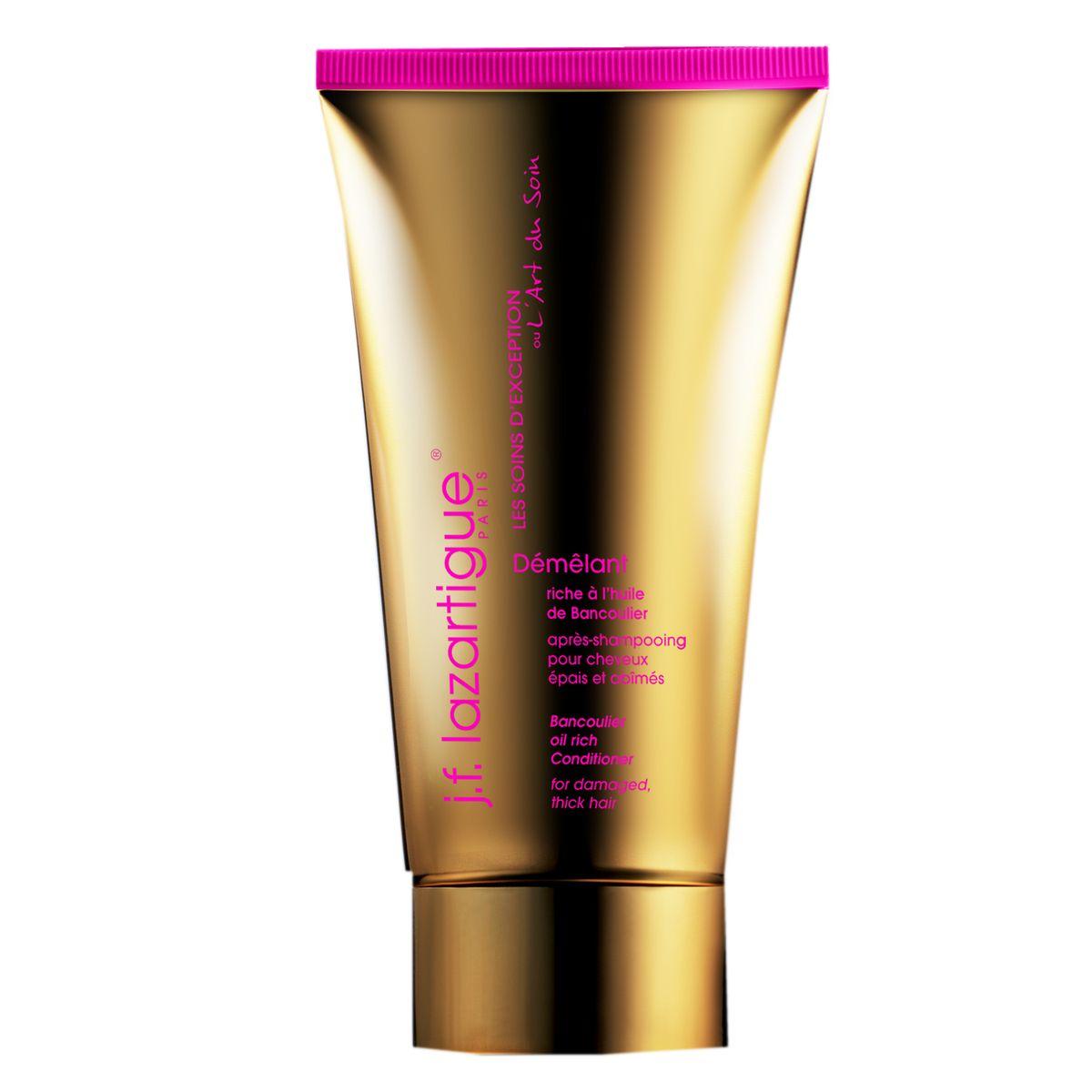 J.F.Lazartigue Кондиционер Банкульер (для густых волос, в том числе поврежденных) 150 мл03306Исключительное укрепляющее средство для волос с маслом ореха кукуйи, богатым витаминами А, Е и F. Предназначено для густых (не тонких) сухих волос, склонных к повреждению, ломких и тусклых. Ухаживая изнутри, улучшает состояние потерявших жизненную силу волос – питает, увлажняет, препятствует их дегидратации и ломкости. Смягчает непокорные густые волосы, делает их более гладкими и послушными. Превосходно сочетается с другими средствами J.F. LAZARTIGUE Банкульер (шампунем и средствами из набора Незаменимый дуэт: эссенциальным кремом и сывороткой).