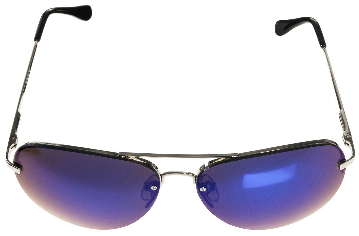 Очки солнцезащитные женские Vitacci, цвет: серебряный, черный. H35H35Стильные солнцезащитные очки Vitacci выполнены из металла с элементами из высококачественного пластика. Линзы данных очков обладают высокоэффективным поляризационным покрытием со степенью защиты от ультрафиолетового излучения UV400. Используемый пластик не искажает изображение, не подвержен нагреванию и вредному воздействию солнечных лучей. Оправа очков легкая, прилегающей формы, дополнена носоупорами и поэтому обеспечивает максимальный комфорт. Такие очки защитят глаза от ультрафиолетовых лучей, подчеркнут вашу индивидуальность и сделают ваш образ завершенным.