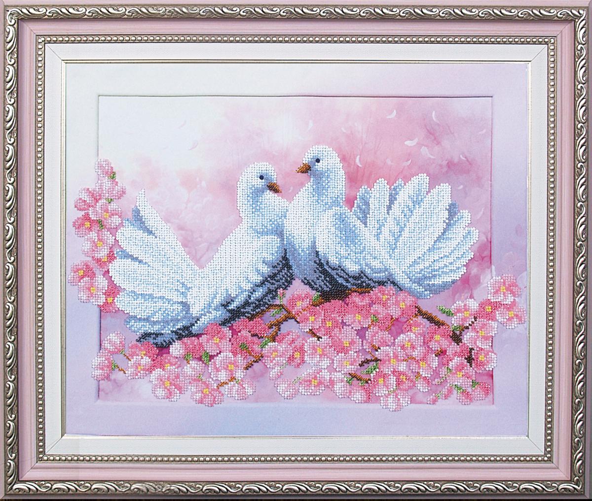 Набор для вышивания бисером Магия канвы Любовь и голуби, 37 х 30 см547769Наборы для вышивания бисером Магия канвы - это качественные материалы и красивые сюжеты, которые помогут вам создать маленькое чудо. В состав набора для вышивания бисером Любовь и голуби входит: уплотненная ткань с нанесенным рисунком, бисер Preciosa (Чехия) - 17 цветов, игла, инструкция.