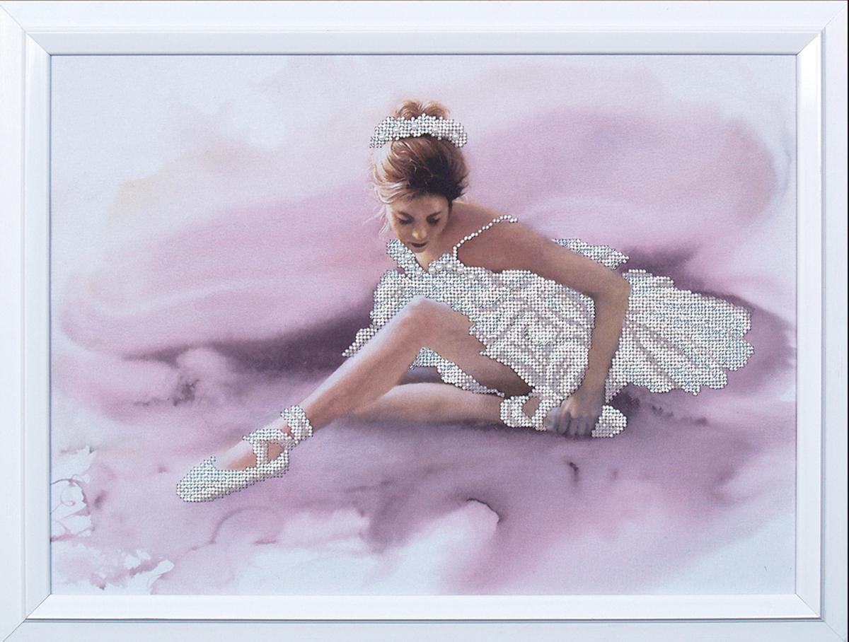 Набор для вышивания бисером Магия канвы Белый лебедь, 41 х 30 см549559Наборы для вышивания бисером Магия канвы - это качественные материалы и красивые сюжеты, которые помогут вам создать маленькое чудо. В состав набора для вышивания бисером Белый лебедь входит: уплотненная ткань с нанесенным рисунком, бисер Preciosa (Чехия) - 6 цветов, игла, инструкция.