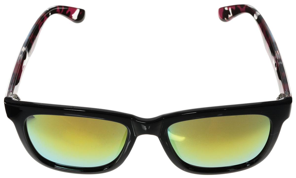 Очки солнцезащитные женские Vitacci, цвет: черный, розовый. H100H100Стильные солнцезащитные очки Vitacci выполнены из высококачественного пластика. Линзы данных очков обладают высокоэффективным поляризационным покрытием со степенью защиты от ультрафиолетового излучения UV400. Используемый пластик не искажает изображение, не подвержен нагреванию и вредному воздействию солнечных лучей. Пластиковая оправа очков легкая, прилегающей формы и поэтому обеспечивает максимальный комфорт. Дужки оформлены стильным принтом. Такие очки защитят глаза от ультрафиолетовых лучей, подчеркнут вашу индивидуальность и сделают ваш образ завершенным.