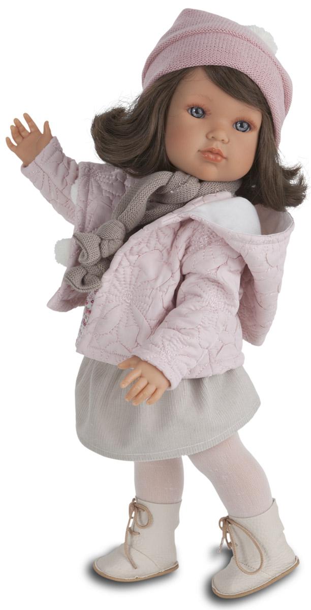 Juan Antonio Пупс Белла зимний наряд2805PНовые куклы-девочки испанского производителя Мунекас Антонио Хуан. Куклы с очаровательными детскими лицами. Выразительные глаза обрамлены длинными ресницами. Густые шелковистые волосы легко расчесывать и делать различные прически. Куклы одеты в чудесные наряды, созданные испанским дизайнером.