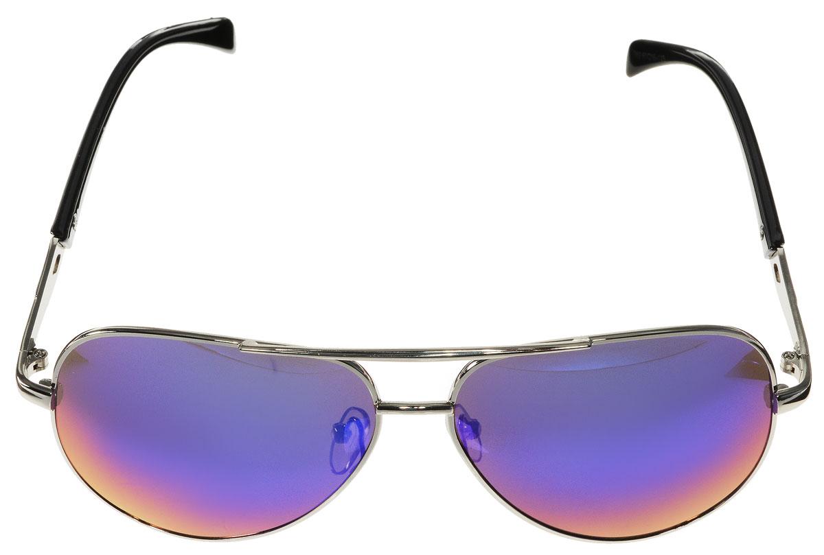 Очки солнцезащитные женские Vitacci, цвет: черный, серебряный. H18H18Стильные солнцезащитные очки Vitacci выполнены из металла с элементами из высококачественного пластика. Линзы данных очков обладают высокоэффективным поляризационным покрытием со степенью защиты от ультрафиолетового излучения UV400. Используемый пластик не искажает изображение, не подвержен нагреванию и вредному воздействию солнечных лучей. Оправа очков легкая, прилегающей формы, дополнена носоупорами и поэтому обеспечивает максимальный комфорт. Такие очки защитят глаза от ультрафиолетовых лучей, подчеркнут вашу индивидуальность и сделают ваш образ завершенным.