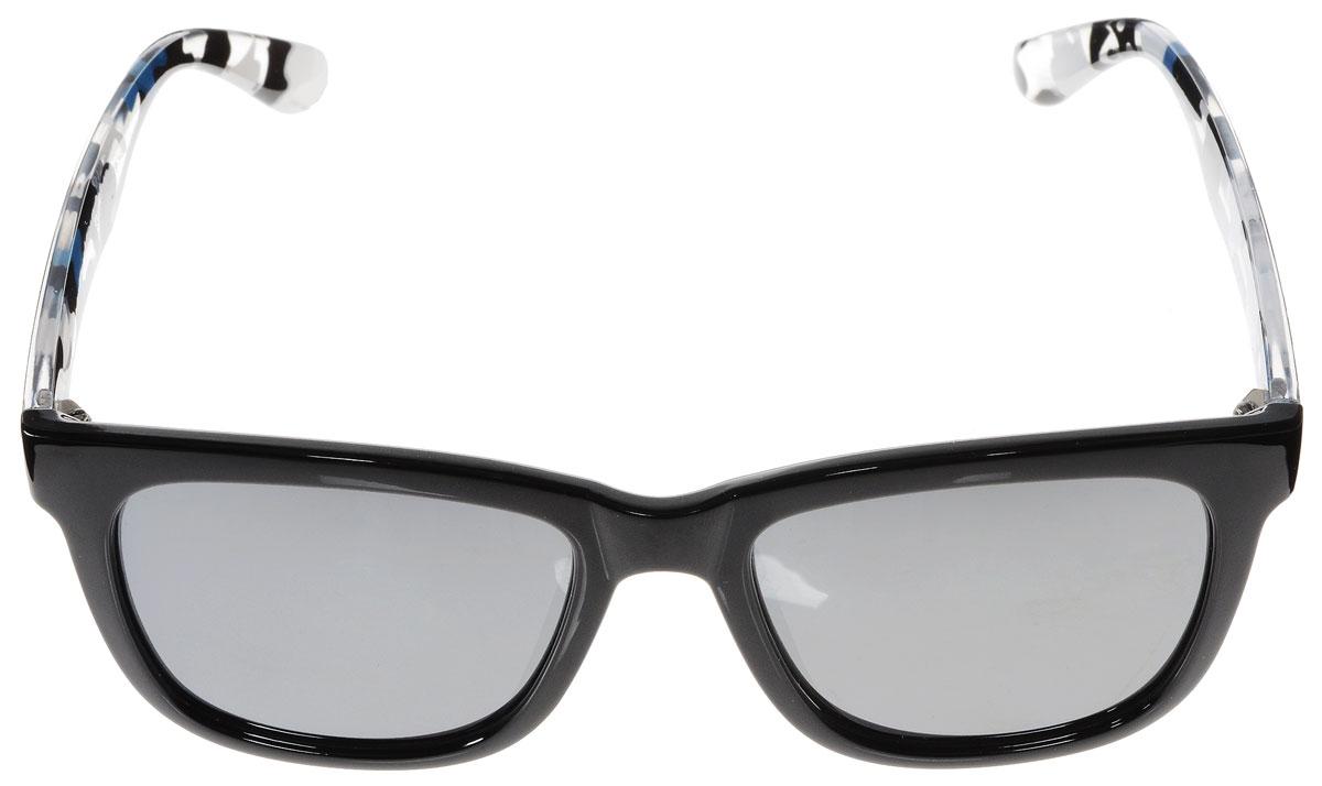 Очки солнцезащитные женские Vitacci, цвет: черный, синий, белый. H99H99Стильные солнцезащитные очки Vitacci выполнены из высококачественного пластика. Линзы данных очков обладают высокоэффективным поляризационным покрытием со степенью защиты от ультрафиолетового излучения UV400. Используемый пластик не искажает изображение, не подвержен нагреванию и вредному воздействию солнечных лучей. Пластиковая оправа очков легкая, прилегающей формы и поэтому обеспечивает максимальный комфорт. Дужки оформлены стильным принтом. Такие очки защитят глаза от ультрафиолетовых лучей, подчеркнут вашу индивидуальность и сделают ваш образ завершенным.