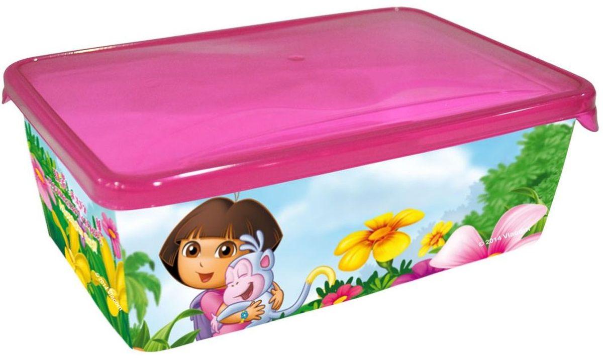 Little Angel Детская емкость для хранения Даша Путешественница 1,35 лLA0079DE1Уникальные емкости MINI подходят для хранения всего, что только можно придумать. Они изготовлены из пищевого пластика, поэтому их можно мыть в посудомоечной машине, и они идеально подходят для школьных завтраков. Емкости выдерживают минусовые температуры, поэтому в них можно замораживать ягоды и фрукты. Мы не говорим уже о хранении заколок, карандашей, деталей Лего и других мелких предметов.
