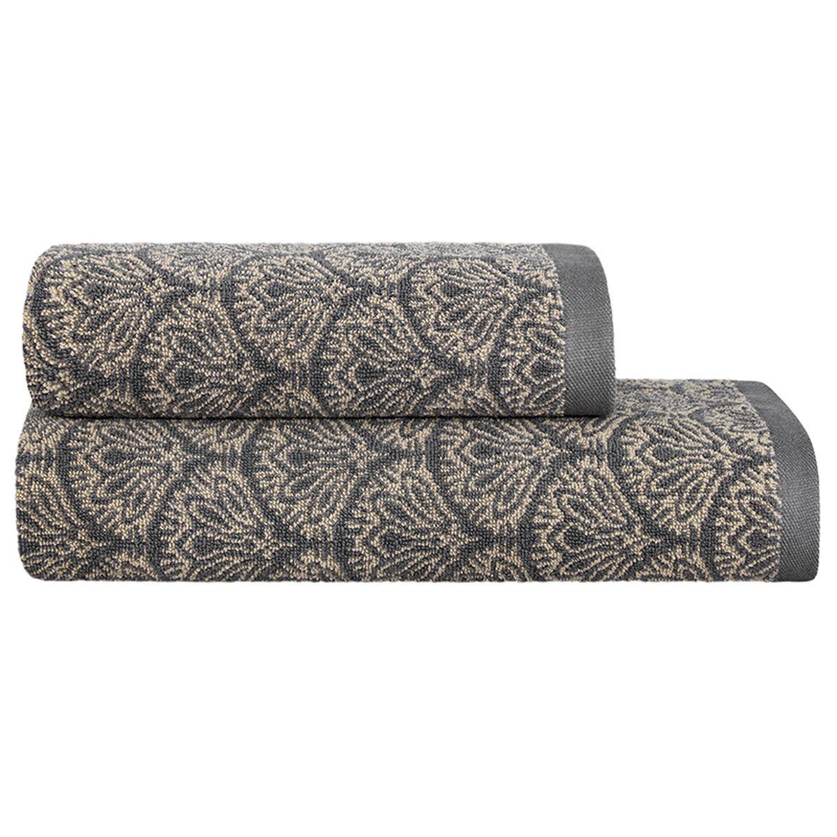 Набор полотенец Togas Арт-деко, 2 шт10.00.00.0607Набор Togas Арт-деко, выполненный из 60% хлопка и 40% модела, невероятно гармонично сочетает в себе лучшие качества современного махрового текстиля. Набор полотенец идеально заботится о вашей коже, особенно после душа, когда вы расслаблены и особо уязвимы. Деликатный дизайн полотенец Togas «Арт-деко» - воплощение изысканной простоты, где на первый план выходит качество материала. Невероятно мягкое волокно модал, превосходящее по своим свойствам даже хлопок, позволяет улучшить впитывающие качества полотенца и делает его удивительно мягким. Модал - это 100% натуральное, экологически чистое целлюлозное волокно. Оно производится без применения каких-либо химических примесей, поэтому абсолютно гипоаллергенно. Набор полотенец Togas Арт-деко, обладающий идеальными качествами, будет поднимать вам настроение. Размер полотенца: 50 х 100 см; 70 х 140 см.