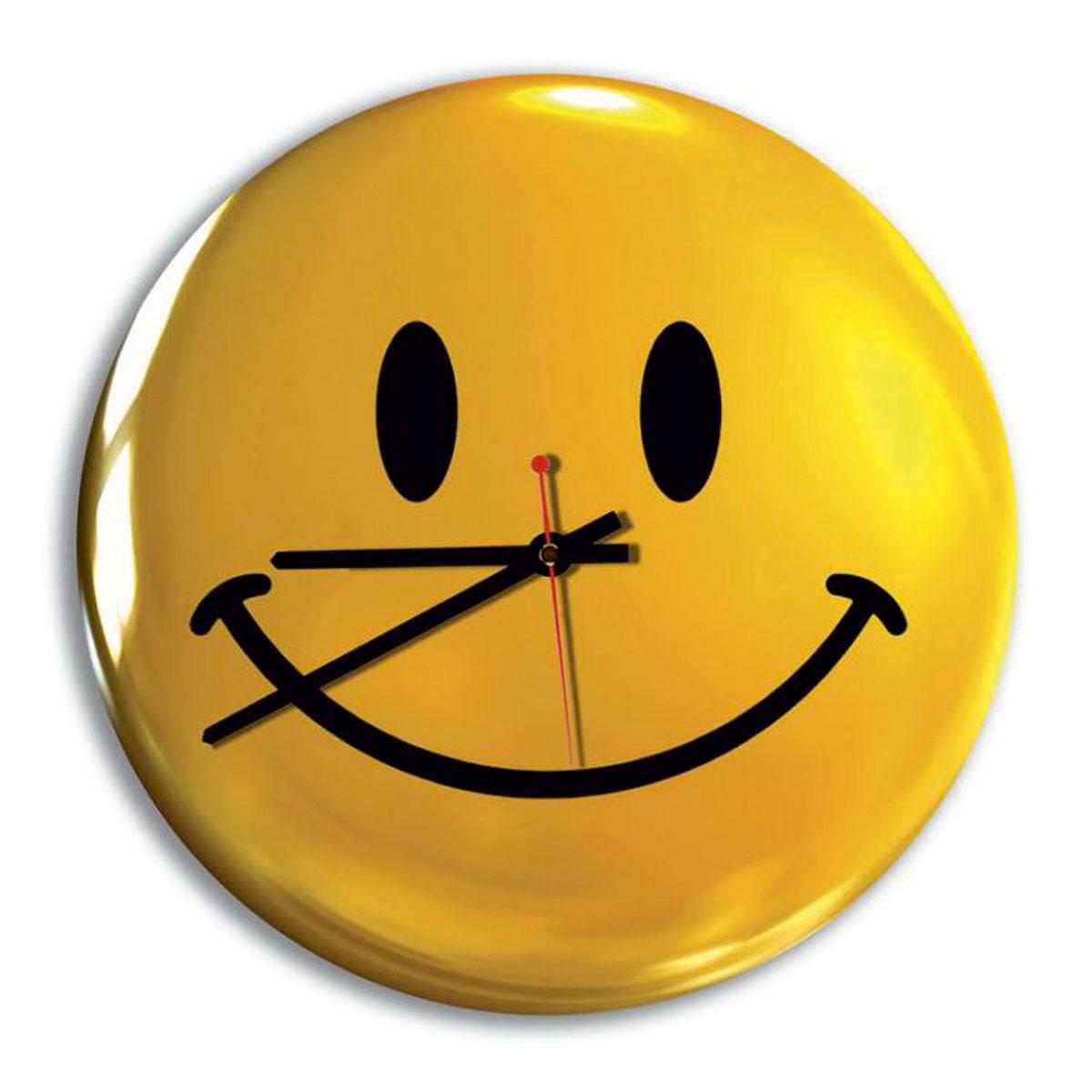 Часы настенные Miolla Смайлик, цвет: желтый, черныйСК011 2069Оригинальные настенные часы круглой формы выполнены из закаленного стекла. Часы имеют три стрелки - часовую, минутную и секундную и циферблат с цифрами. Необычное дизайнерское решение и качество исполнения придутся по вкусу каждому. Оформите свой дом таким интерьерным аксессуаром или преподнесите его в качестве презента друзьям, и они оценят ваш оригинальный вкус и неординарность подарка. Диаметр: 28 см.
