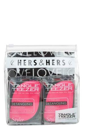 Tangle Teezer Набор расчесок для волос Compact Styler Hers&Hers372637Tangle Teezer – оригинальная профессиональная расческа для расчесывания волос, которая позволит вам с легкостью всего за одну минуту без рывков и напряжения расчесать мокрые, уязвимые или окрашенные волосы не нарушая структуру волос и не причиняя себе дискомфорта.