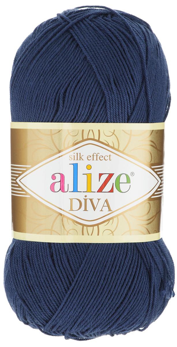 Пряжа для вязания Alize Diva, цвет: темно-синий (361), 350 м, 100 г, 5 шт364126_361Легкая пряжа Alize Diva с шелковым эффектом для весенних или летних вещей. Приятная на ощупь, обладающая высокой гигроскопичностью, пряжа Alize Diva из акрила подойдет для самых разных вязаных изделий: сарафанов, туник, платьев, легких костюмов, кофт, шалей и накидок. Ее с одинаковым успехом можно использовать и для спиц, и для вязания крючком. В палитре большой выбор ярких цветов и пастельных мягких оттенков. Не стоит с предубеждением относиться к искусственной пряже, ведь она обладает целым рядом преимуществ. За изделиями из пряжи Alize Diva проще ухаживать, они не подвержены скатыванию, не вызывают аллергии, не собирают пыль, не линяют и не оставляют ворсинок на другой одежде. Рекомендованные спицы № 2,5- 3,5, крючок № 1-3. Состав: 100% акрил.