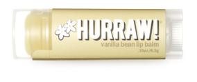 Hurraw! Бальзам для губ Vanilla Bean Lip Balm, 4,3 г005205Бальзамы для губ Hurraw! производятся в США на небольшом домашнем производстве. Идея создателей бренда заключалась в том, чтобы разработать поистине идеальный бальзам для губ: натуральный, вегетарианский, произведенный из органических ингредиентов высочайшего качества и не содержащий вредных веществ и искусственных компонентов. Все бальзамы Hurraw! производятся из чистого органического масла, которое добывается путем холодного отжима, что позволяет всем веществам сохранять свои полезные свойства. Помимо этого, приятно знать, что продукция марки Hurraw! не содержит ингредиентов животного происхождения и никогда не тестируется на животных. А еще бальзамы разливаются по флакончикам вручную!