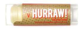 Hurraw! Бальзам для губ Vata Lip Balm, 4,3 г005212Бальзамы для губ Hurraw! производятся в США на небольшом домашнем производстве. Идея создателей бренда заключалась в том, чтобы разработать поистине идеальный бальзам для губ: натуральный, вегетарианский, произведенный из органических ингредиентов высочайшего качества и не содержащий вредных веществ и искусственных компонентов. Все бальзамы Hurraw! производятся из чистого органического масла, которое добывается путем холодного отжима, что позволяет всем веществам сохранять свои полезные свойства. Помимо этого, приятно знать, что продукция марки Hurraw! не содержит ингредиентов животного происхождения и никогда не тестируется на животных. А еще бальзамы разливаются по флакончикам вручную!