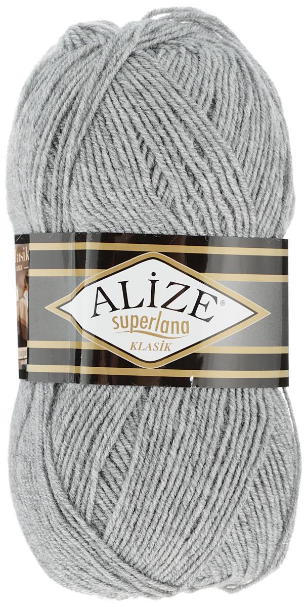 Пряжа для вязания Alize Superlana Klasik, цвет: серый (21), 280 м, 100 г, 5 шт692917_21Классическая пряжа Alize Superlana Klasik имеет среднюю толщину нити и состоит из 25% шерсти и 75% акрила. Подходит для вязания теплых вещей. Пуловеры, платья, кардиганы, шапки и шарфы из этой пряжи отлично держат форму и прекрасно согреют вас в холодную погоду. Благодаря составу и скрутке, петли отлично ложатся одна к другой, вязаное полотно получается ровное и однородное. Пряжа рассчитана на любой уровень мастерства, но особенно понравится начинающим мастерицам - благодаря толстой нити пряжа Alize Superlana Klasik позволяет быстро связать простую вещь. Структура и состав пряжи максимально комфортны для вязания. Рекомендуемый размер спиц и крючка: № 3-4 мм. Состав: 75% акрил, 25% шерсть.