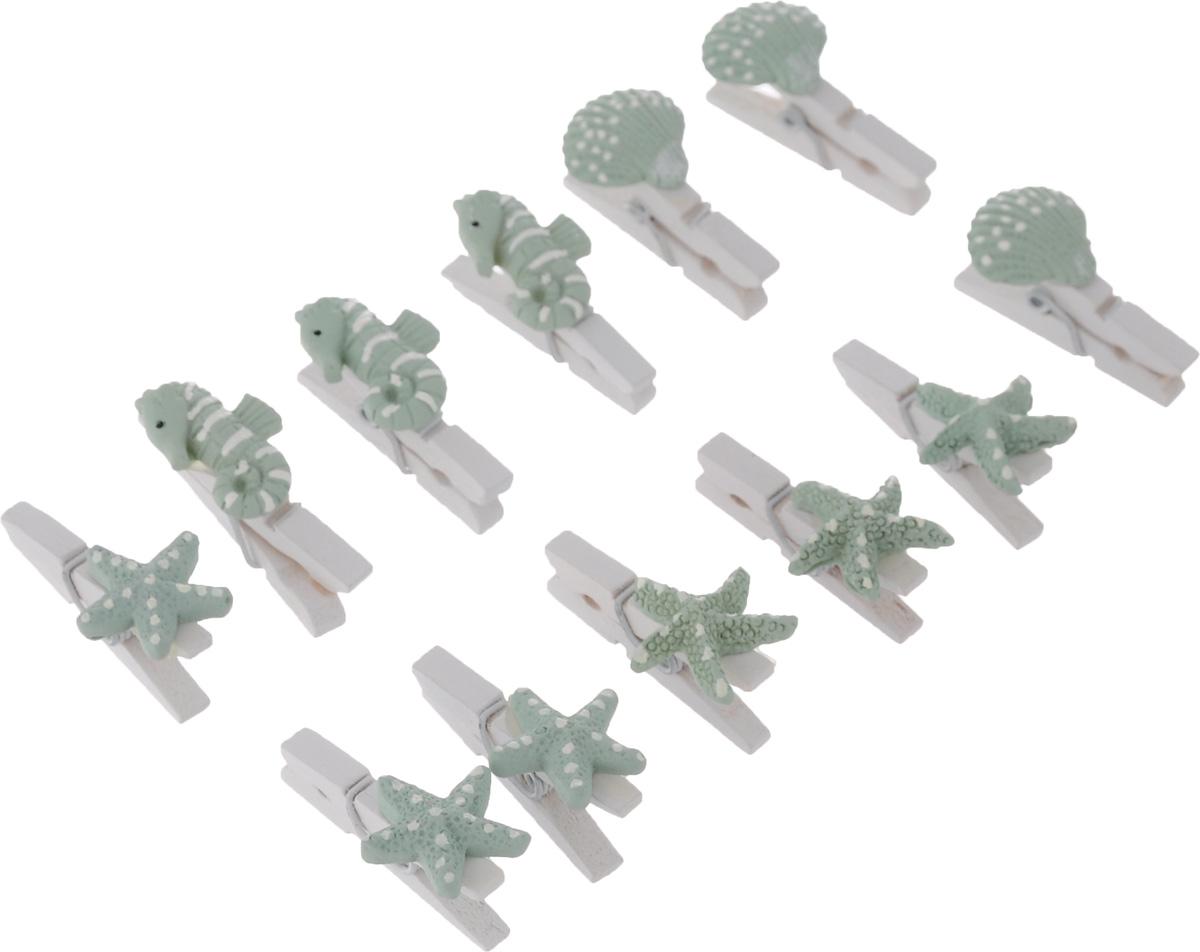 Декоративные прищепки ScrapBerrys Морские раковины, 12 штSCB26003018Набор ScrapBerrys Морские раковины состоит из 12 декоративных прищепок, изготовленных из дерева. Изделия украшены фигурками из полистоуна в форме морской звезды, ракушки и морского конька. Такие прищепки подойдут для хранения и демонстрации ваших работ: рисунков, небольших игрушек, скрап-работ и многое другое. Размер прищепки: 4,5 см х 1,2 см х 0,6 см. Количество прищепок: 12 шт.