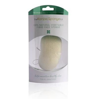 The Konjac Sponge Co Спонж для умывания лица Premium Face Mouse Sponge Pure White 100% (премиум-упаковка)801476Полностью натуральный спонж из растительной клетчатки для умывания лица. Не содержит химикатов, красителей, аллергенов. На 100% биоразлагаемый. Используется во влажном состоянии. Способ применения: Перед употреблением тщательно промойте и дайте спонжу Конняку впитать воду. Аккуратно отожмите спонж от лишней воды и нежно очищайте кожу. Массируйте круговыми движениями. Спонж Конняку нежно отшелушивает кожу, очищает и освежает ее. Нет необходимости использовать очищающие средства, но при желании можете добавить немного любимого средства. Спонж Конняку усиливает эффект очищающих средств. Состав: Растительная клетчатка.