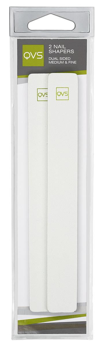 QVS Пилочки для ногтей двусторонние, с мягкими прокладками средне- и мелкозернистые, 2 шт10-1210Пилка для ногтей (2 шт) двусторонние среднезернистые и мелкозернистые. Наши высококачественные пилки для ногтей изготовлены на мягкой, гибкой основе для комфортного использования. Они аккуратно опиливают ногти и помогают придать им идеальный вид. Пилки являются водоустойчивыми и могут быть использованы как сухими, так и влажными. Способ применения: Для придания ногтям формы используйте среднезернистую сторону пилки. После достижения идеальной для вас формы ногтей отполируйте кромки мелкозернистой стороной пилки-это поможет избежать расслоения.
