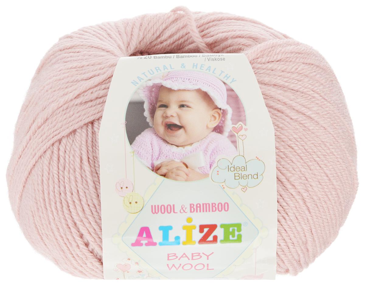 Пряжа для вязания Alize Baby Wool, цвет: пудра (161), 175 м, 50 г, 10 шт686501_161Детская пряжа для вязания Alize Baby Wool изготовлена из очень мягкой и высококачественной натуральной шерсти и бамбука. Из пряжи Baby Wool получается тонкий, но очень теплый трикотаж для ребенка. Акрил в составе нитей допускает легкую машинную стирку вещей. Цветовая палитра включает в себя комбинации, которые подходят как для мальчиков, так и для девочек. Рекомендуемые спицы для вязания: № 2,5-4 мм, Крючки: № 1-3 мм. Комплектация: 10 мотков. Состав: 40% шерсть, 40% акрил, 20% бамбук.