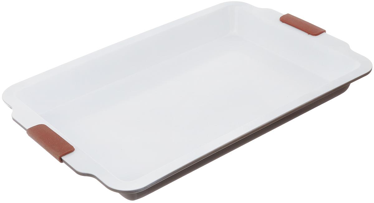 Форма для выпечки Guterwahl, с керамическим покрытием, прямоугольная, 49 х 32 х 5 смEC-S70-CERФорма для выпечки Guterwahl изготовлена из углеродистой стали с керамическим покрытием, благодаря чему пища не пригорает и не прилипает к стенкам посуды. Кроме того, готовить можно с добавлением минимального количества масла и жиров. Керамическое покрытие также обеспечивает легкость мытья. Форма идеально подходит для выпечки кексов, пирогов. Изделие имеет литые ручки с силиконовыми вставками, что существенно облегчает процесс готовки. Не рекомендуется мыть в посудомоечной машине. Внутренний размер формы: 42 х 27 см. Внешний размер формы (с учетом ручек): 49 х 32 см. Высота стенок формы: 5 см.