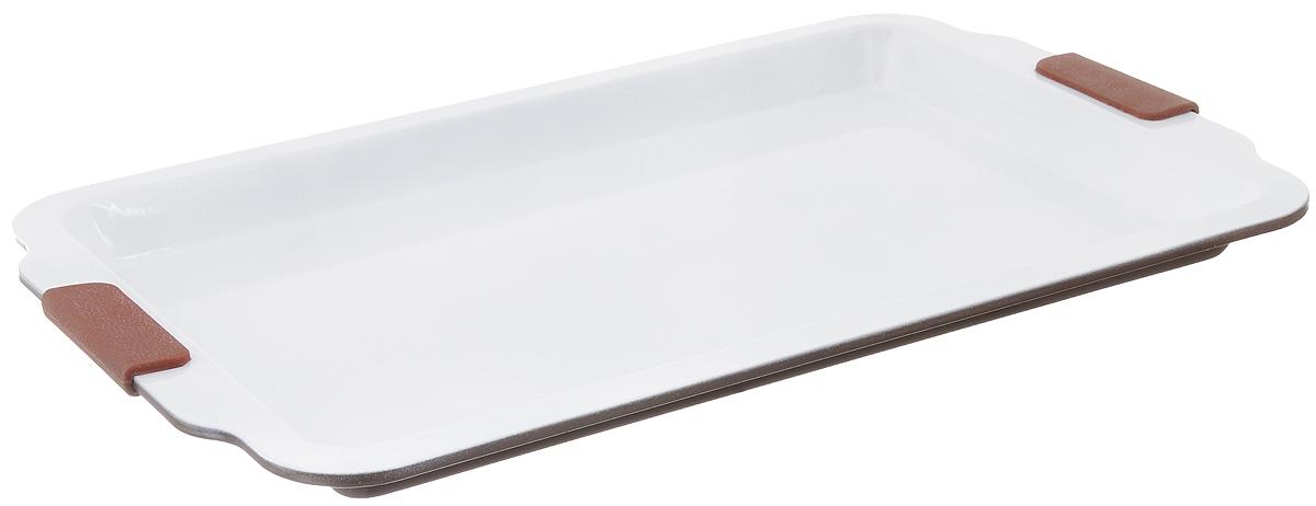 Форма для выпечки Guterwahl, с керамическим покрытием, прямоугольная, 46 х 30 х 2,5 смEC-PS67-CERФорма для выпечки Guterwahl изготовлена из углеродистой стали с керамическим покрытием, благодаря чему пища не пригорает и не прилипает к стенкам посуды. Кроме того, готовить можно с добавлением минимального количества масла и жиров. Керамическое покрытие также обеспечивает легкость мытья. Форма идеально подходит для выпечки кексов, пирогов. Изделие имеет литые ручки с силиконовыми вставками, что существенно облегчает процесс готовки. Не рекомендуется мыть в посудомоечной машине. Внутренний размер формы: 39 х 26 см. Внешний размер формы (с учетом ручек): 46 х 30 см. Высота стенок формы: 2,5 см.