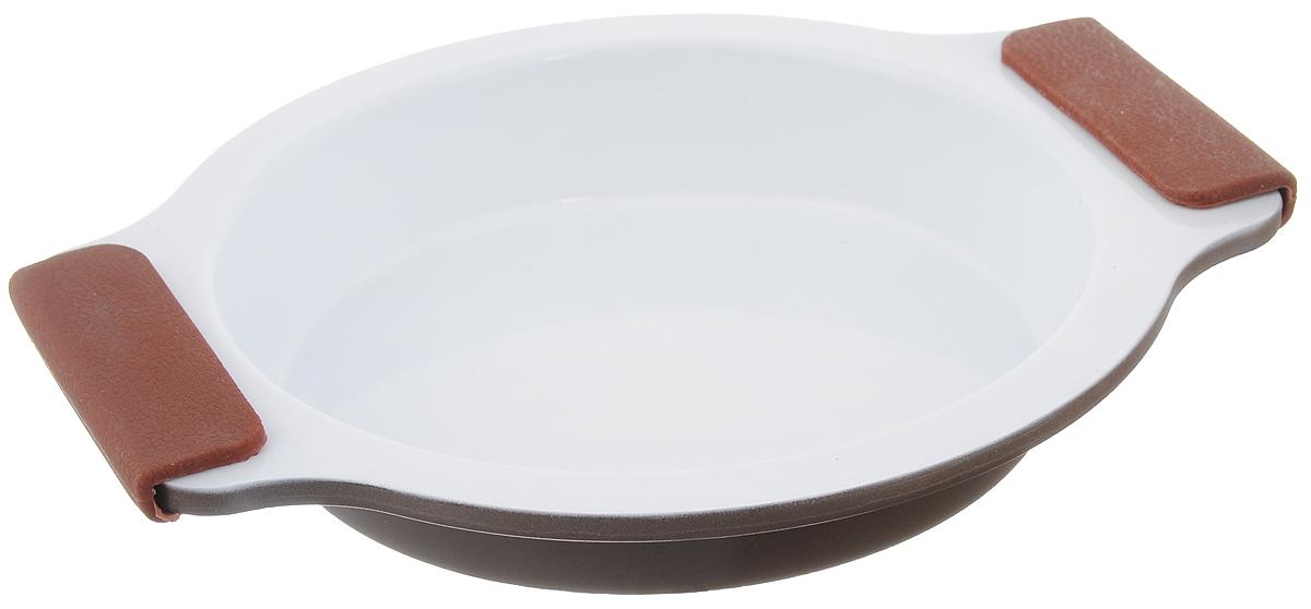 Форма для выпечки Guterwahl, с керамическим покрытием, круглая, диаметр 20 смEC-RS01-CERФорма для выпечки Guterwahl изготовлена из углеродистой стали с керамическим покрытием, благодаря чему пища не пригорает и не прилипает к стенкам посуды. Кроме того, готовить можно с добавлением минимального количества масла и жиров. Керамическое покрытие также обеспечивает легкость мытья. Форма идеально подходит для выпечки кексов, пирогов. Изделие имеет литые ручки с силиконовыми вставками, что существенно облегчает процесс готовки. Не рекомендуется мыть в посудомоечной машине. Внутренний диаметр формы: 16,5 см. Внешний размер формы (с учетом ручек): 23,5 х 20 см. Высота стенок формы: 3,5 см.