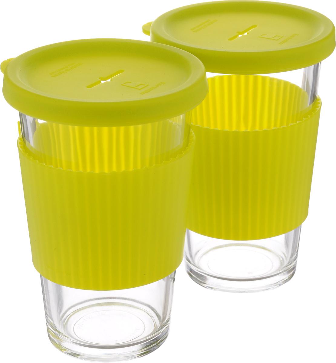 Набор стаканов Glasslock, с крышкой, цвет: прозрачный, желтый, 2 предмета, 380 млGL-1363Набор стакан Glasslock изготовлен из высококачественного термостойкого стекла и снабжен крышкой. Силиконовая крышка имеет отверстие для подвешивания пакетика чая. Использованный пакетик после заваривания удобно положить на крышку. В таком стакане лучше всего заваривать чай и другие оздоровительные напитки. Стакан имеет силиконовый держатель, для предохранения рук от высокой температуры напитка. Стакан Glasslock можно комфортно использовать на работе или в офисе, также взять с собой в путешествие, чтобы ваш любимый чай был всегда с вами. Можно мыть в посудомоечной машине и использовать в микроволновой печи. Стаканы для хранения напитков в холодильнике и морозильной камере. Не использовать в духовке. Объем стакана: 380 мл. Диаметр стакана (по верхнему краю): 8,5 см. Высота стакана (с учетом крышки): 14 см.