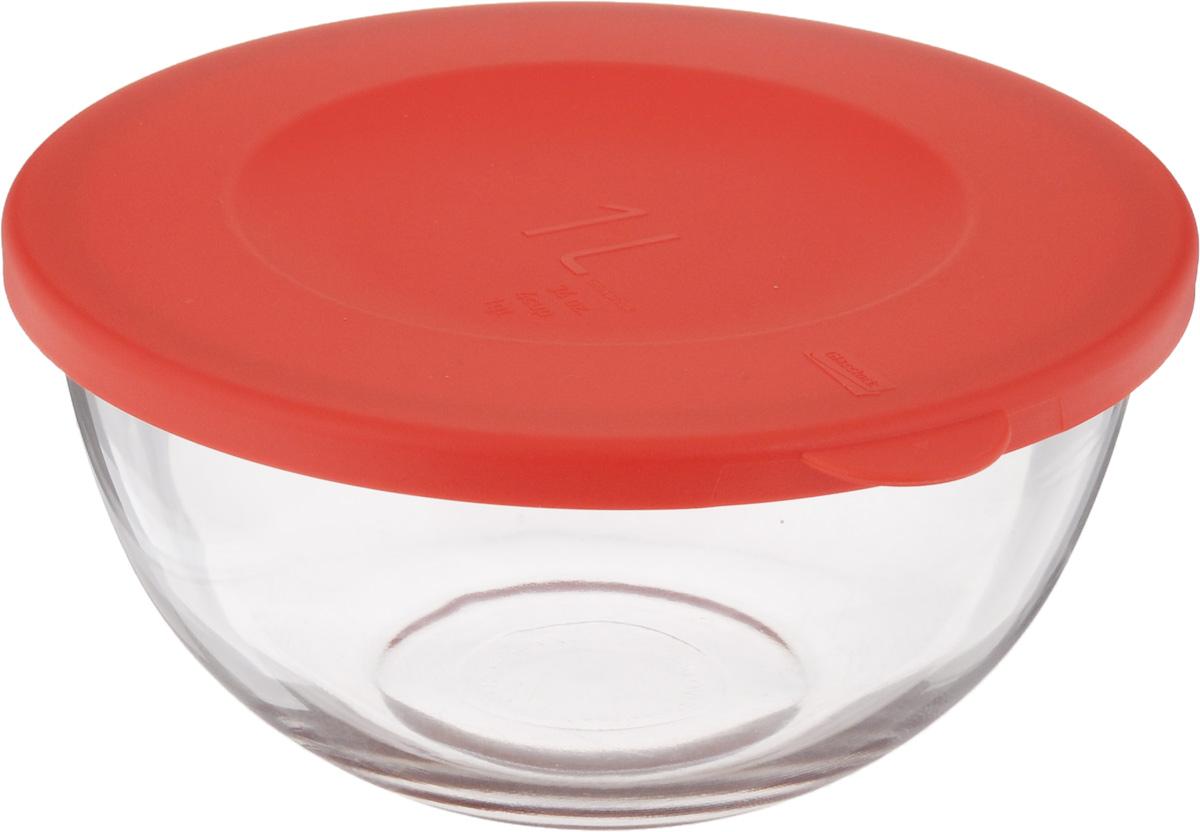 Чаша Glasslock, с крышкой, 1 лMBCB-100FЧаша Glasslock выполнена из закаленного ударопрочного стекла. Изделие плотно и герметично закрывается пластиковой крышкой, что позволяет продуктам дольше оставаться свежими, сохранять аромат и вкус. Благодаря прозрачным стенкам, можно видеть содержимое. Такая чаша подходит для повседневного использования. Она идеальна для овсяных хлопьев, фруктов, риса и многого другого. Также в ней можно приготовить салаты. Приятный дизайн подойдет практически для любого случая. Можно мыть в посудомоечной машине, использовать в микроволновой печи. Подходит для хранения пищи в холодильнике и морозильнике. Не использовать в духовке. Диаметр чаши: 16,5 см. Высота стенок чаши: 8 см.