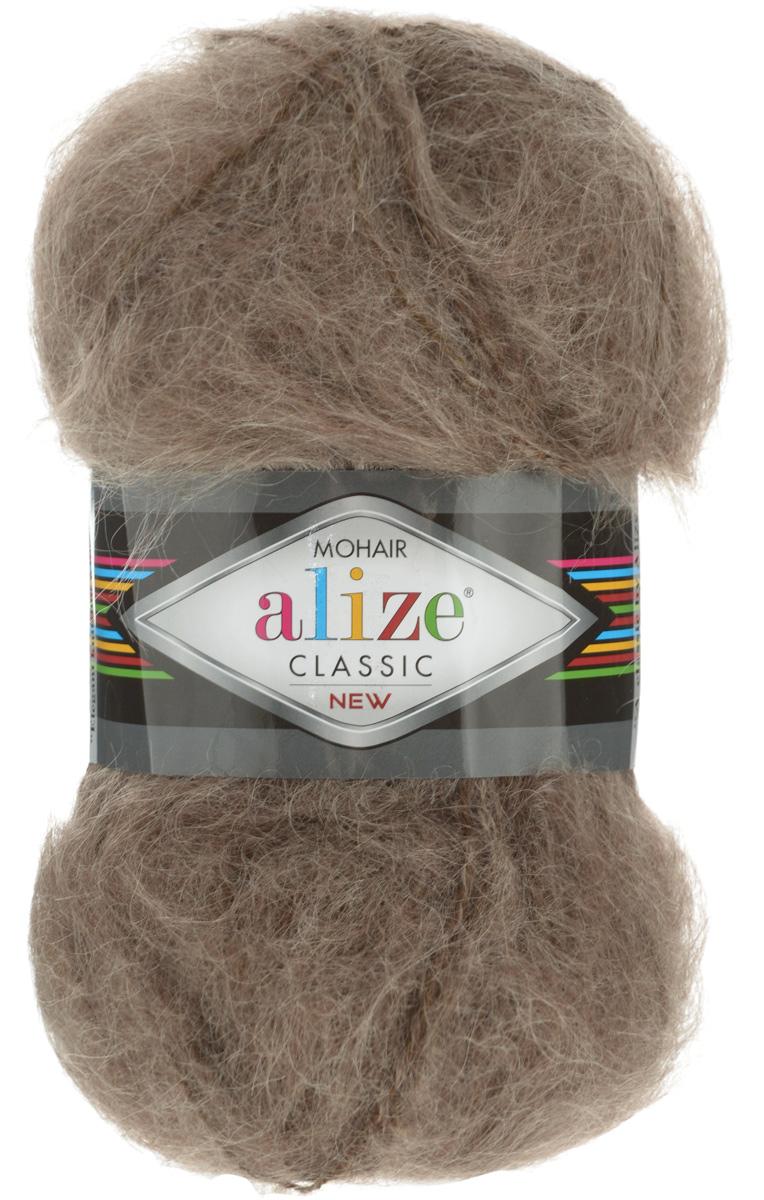 Пряжа для вязания Alize Mohair Classik New, цвет: коричневый (410), 200 м, 100 г, 5 шт582105_410Классическая мохеровая пряжа Alize Mohair Classik New для ручного вязания, тонкая, мягкая, деликатная нить, хорошо скрученная. Послушная нить, которая отлично подходит для опытных вязальщиц и для начинающих рукодельниц. Легкая и гибкая пряжа с акрилом, придающим готовым вещам практичность. Благодаря пушистому мохеру можно использовать самый простой узор и при этом изделие будет выглядеть великолепно. Высококачественная пряжа, равномерно окрашенная, не линяет. Мягкая, теплая нить прекрасно подходит для взрослой и детской зимней одежды. Пушистость пряжи в изделии без сложных узлов даже с ровной вязкой будет придавать одежде особый шарм. Состав: 25% мохер, 24% шерсть, 51% акрил. Рекомендованные спицы № 5-7, крючок № 2-4.