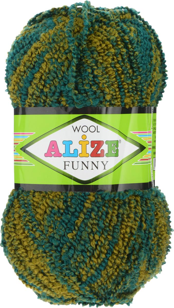 Пряжа для вязания Alize Wool Funny, цвет: оливковый, темно-зеленый (1327), 170 м, 100 г, 5 шт364110_1327Пряжа для вязания Alize Wool Funny изготовлена из акрила, шерсти и полиэстера. Шерстяную пряжу лучше использовать для вязания верхней одежды. У нее более толстая и прочная нить. Вещи, связанные из такой пряжи, прекрасно согревают и при правильном уходе долго носятся. В качестве моделей для вязки можно рекомендовать плотные вещи: пальто, осенние длинные кардиганы, пончо, болеро, мужские свитера. Рассчитана на любой уровень мастерства, но особенно понравится начинающим мастерицам - благодаря толстой нити пряжа Alize Wool Funny позволяет быстро связать простую вещь. Структура и состав пряжи максимально комфортны для вязания. Рекомендованные спицы для вязания: № 6-7 мм. Комплектация: 5 мотков. Состав: 73% акрил, 20% шерсть, 7% полиэстер.