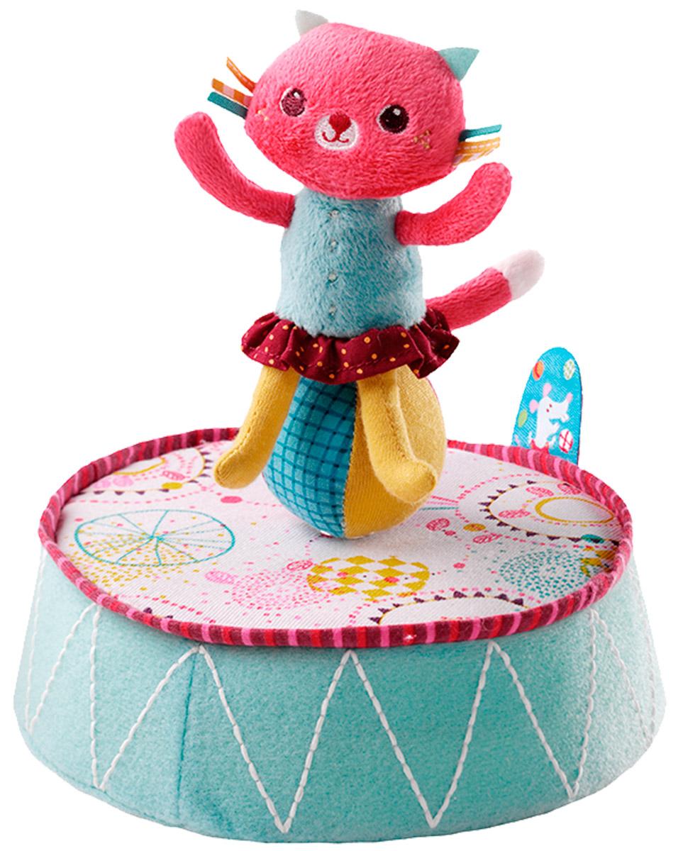 Lilliputiens Игрушка заводная Кошечка Коллет86526Очаровательная кошечка Коллет - это заводная игрушка для самых маленьких. Кошка Коллет готова исполнить прекрасный номер - танец на шаре под красивую мелодию. Для этого просто необходимо повернуть игрушку по часовой стрелке. Благодаря фосфоресцирующим нитям игрушка светится в темноте. Игрушка развивает цветовое восприятие ребенка, мелкую моторику рук и внимание.