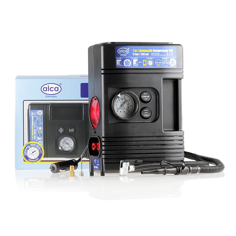 Автомобильный компрессор Alca, 7 в 1, 12 В. 213000213000Автомобильный компрессор Alca предназначен для быстрого накачивания шин, резиновых лодок, мячей, матрацев и других резиновых изделий. Корпус выполнен из прочного пластика. Компрессор оборудован лампой, сигнальной лампой, всасывающей и насосной функцией, 4 адаптерами и точным манометром с функцией автоматического стопа со шкалой 7 бар. Работает от прикуривателя автомобиля. Максимальное давление: 17 бар. Скорость заполнения шин 205 70R15: примерно 10 мин.