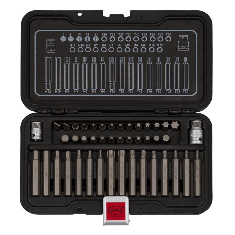 Набор бит Heyner, 44 предмета339000Набор бит 44 предмета. Качественная хром-ванадиевая сталь. Жесткий инструментальный ящик. Крутящий момент +15%. 2 перходника ? и 3/8, 26 бит 10х30 мм. (+) 1-2-3, (-) 8-10, Н4-5-6-7-8-10-12, М5-6-8-10-12, Т20-25-27-30-40-45-50-55-60, 16 бит 10х75мм. Н4-5-6-7-8-10-12, Т20-25-27-30-40-45-50-55-60