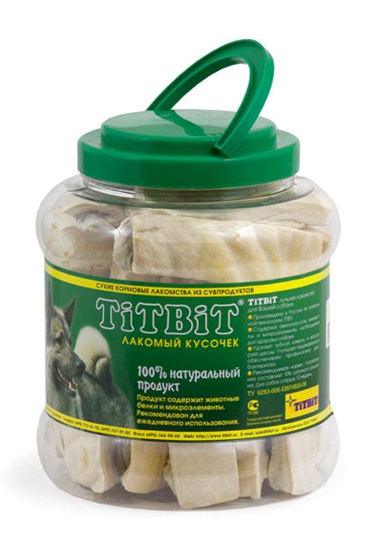 Лакомство для собак Titbit, крекер говяжий, 4,3 л5573Лакомство для собак Titbit выполнено из высушенной говяжьей кожи, свернутой в форме крекеров. Благодаря большому содержанию аминокислот и коллагена положительно воздействует на хрящевую ткань, состояние кожи и шерсти собаки. Благодаря волокнистой структуре являются своеобразной зубной щеткой, способствующей укреплению десен, удалению зубного налета и профилактике образования зубного камня. Прекрасное лакомство для всех собак с 1,5-2 месячного возраста. Состав: высушенная говяжья кожа. Товар сертифицирован.