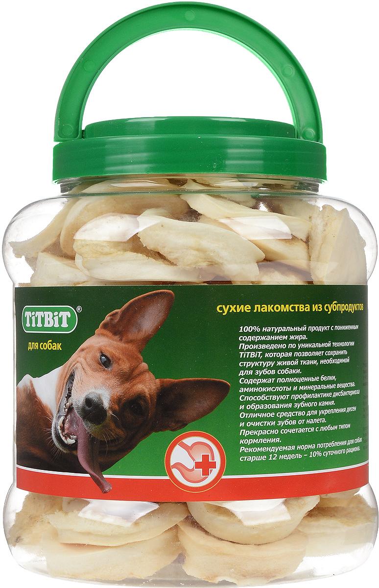 Лакомство для собак Titbit, галеты, 4,3 л1247Лакомство для собак Titbit представляют собой галеты из высушенной говяжьей кожи. Благодаря большому содержанию аминокислот и коллагена положительно воздействует на хрящевую ткань, состояние кожи и шерсти собаки. Благодаря волокнистой структуре являются своеобразной зубной щёткой, способствующей укреплению дёсен, удалению зубного налёта и профилактике образования зубного камня. Прекрасно сочетается с любым типом кормления. Состав: высушенная говяжья кожа. Товар сертифицирован.
