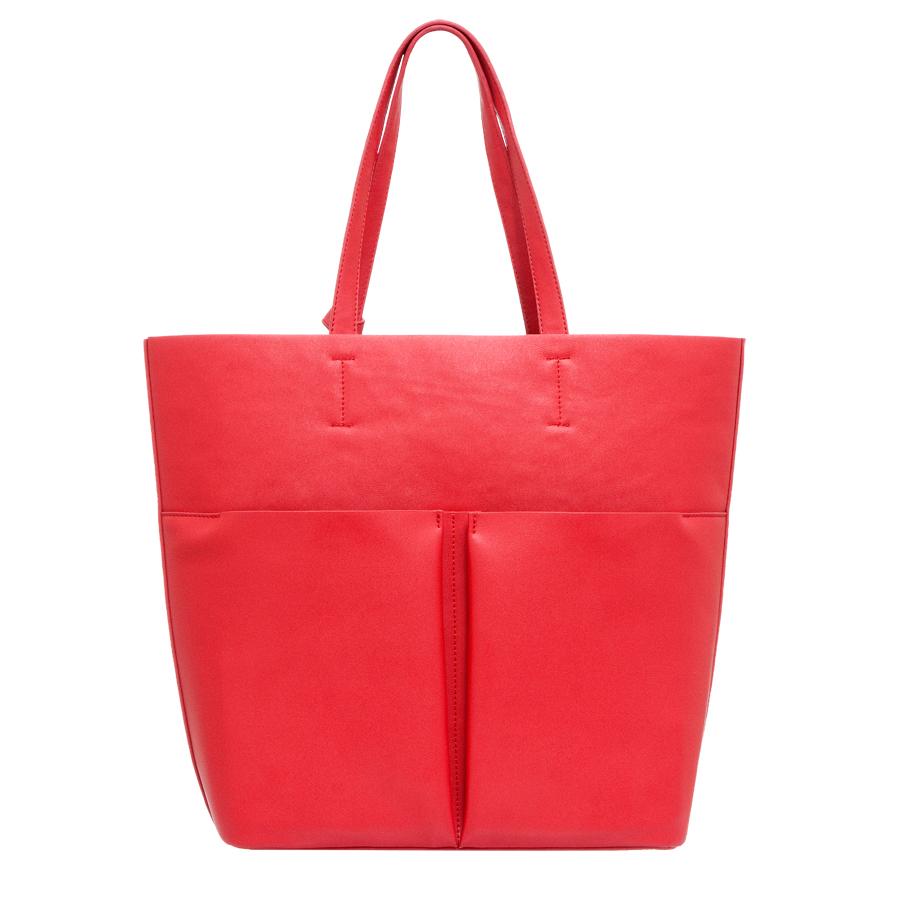 Сумка женская OrsOro, цвет: красный. D-215/13D-215/13Сумка с одним отделением, двумя объемными передними карманами и дополнительной сумкой-органайзером на молнии, с внутренним карманом на молнии и карманом для телефона