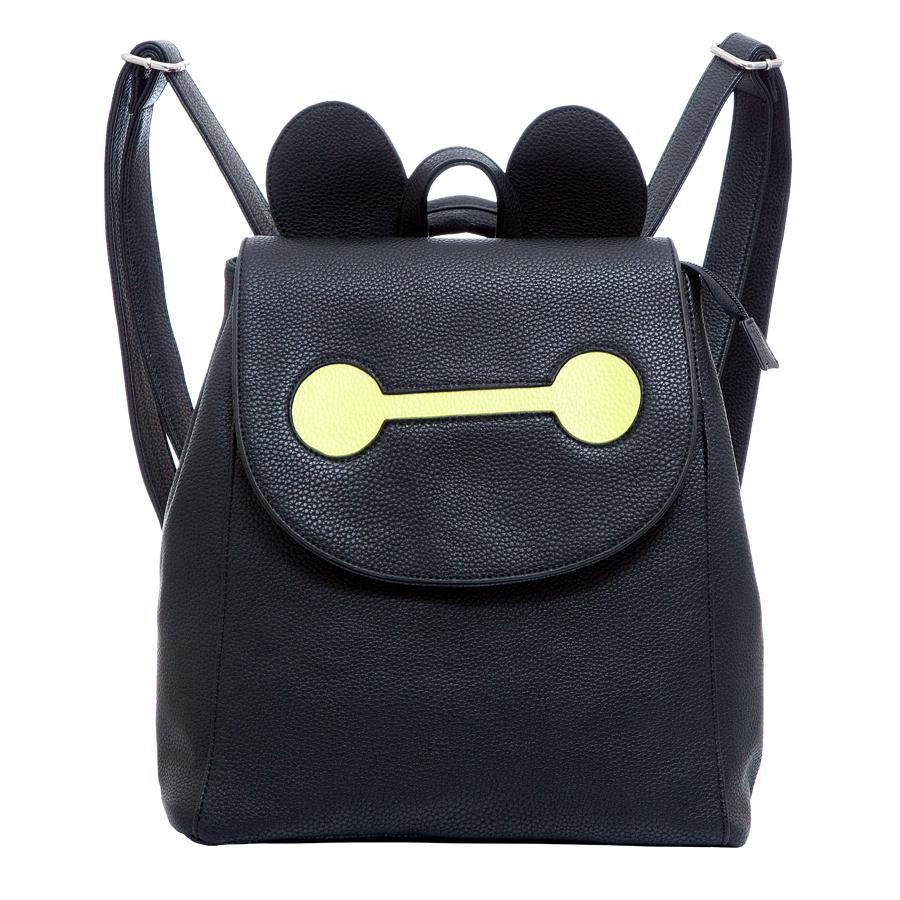 Рюкзак женский OrsOro, цвет: черный. D-246/32D-246/32Стильный рюкзак OrsOro, выполнен из экокожи и оснащен двумя плечевыми регулируемыми ремнями на спинке и удобной ручкой для переноски. Изделие закрывается клапаном на кнопку, внутри имеет одно вместительное отделение с двумя накладными карманами для телефона и мелочей и одним прорезным карманом на застежке-молнии. С тыльной стороны изделия имеется прорезной карман на застежке-молнии. Сумка-рюкзак OrsOro - это выбор молодой, уверенной, стильной женщины, которая ценит качество и комфорт. Изделие станет изысканным дополнением к вашему образу.
