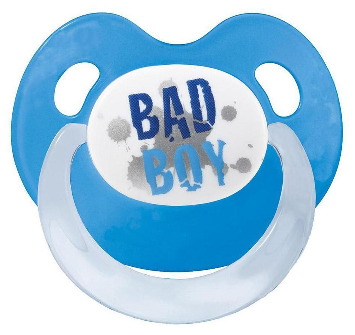 Bibi Пустышка силиконовая Bad Boy от 16 месяцев112373_синийПустышка силиконовая Bibi Bad Boy предназначена для детей от 16 месяцев. Размер соски разработан в соответствии с возрастом ребенка. Ортодонтическая форма соски способствует естественному развитию неба и челюсти. Анатомическая форма нагубника повторяет форму рта и обеспечивает удобство при движении нижней челюсти. Дополнительную безопасность обеспечивают два вентиляционных отверстия. Все материалы абсолютно безопасны для здоровья ребенка. Силиконовая пустышка Bibi Bad Boy - это модный аксессуар, сочетающий качество, функциональность и положительные эмоции. Не содержит бисфенол А.