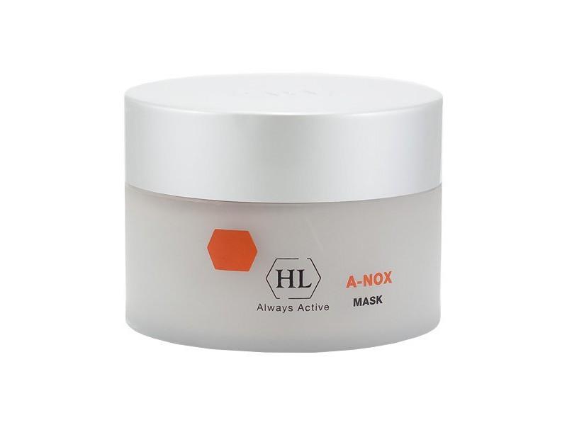 Holy Land Маска для лица A-Nox Mask -250 мл102083Сокращающая противовоспалительная маска, содержит натуральные ингредиенты, которые оказывают выраженное лечебное действие на жирную проблемную кожу. Рекомендуется в качестве глубоко очищающей маски на начальных стадиях лечения, ещё до процедуры глубокой чистки.Действие:Обладает сильным антисептическим, противовоспалительным и сокращающим (суживающим поры) действием.Абсорбирует избыток кожного сала, способствует отшелушиванию рогового слоя и устранению гиперкератоза.Подсушивает инфицированные пустулы.Является средством профилактики вторичного инфицирования при наличии на коже микротрещин, ран, ссадин.Ускоряет заживление повреждений кожи.Снимает отек и раздражение, вызванные механическими манипуляциями во время чистки лица.Выравнивает текстуру и цвет кожи.Активные компоненты: Изопропиловый спирт дезинфицирует и подсушивает кожу, улучшает микроциркуляцию.Салициловая кислота отшелушивает роговой слой, отбеливает, усиливает действие других компонентов.Каолин (белая глина) обладает...