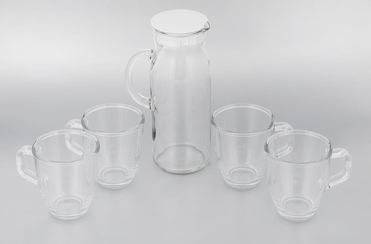 Набор питьевой Glasslock, цвет: прозрачный, 5 предметовIG-667Питьевой набор Glasslock состоит из кувшина с пластиковой крышкой и 4 кружек. Предметы набора изготовлены из высококачественного прозрачного стекла. Питьевой набор подойдет для подачи сока, воды, лимонада и других напитков. Практичный набор Glasslock прекрасно впишется в интерьер любой кухни. Объем кувшина: 1,2 л. Высота кувшина: 23,5 см. Диаметр кувшина по верхнему краю: 8 см. Объем кружки: 375 мл. Высота кружки: 10,5 см. Диаметр кружки по верхнему краю: 9 см.