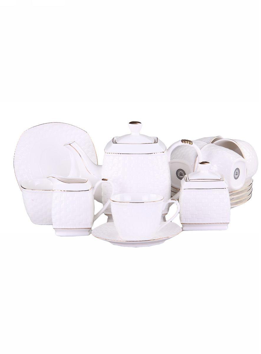 Набор чайный 15 предметов 220 мл PATRICIAIM553037Чайный набор включает в себя 15 предметов: 6 чашек (220мл.),6 блюдец, заварочный чайник (500 мл.), молочник и сахарницу. Изделия выполнены из фарфора безупречной белизны. Все элементы украшены позолотой. Набор имеет подарочную упаковку.