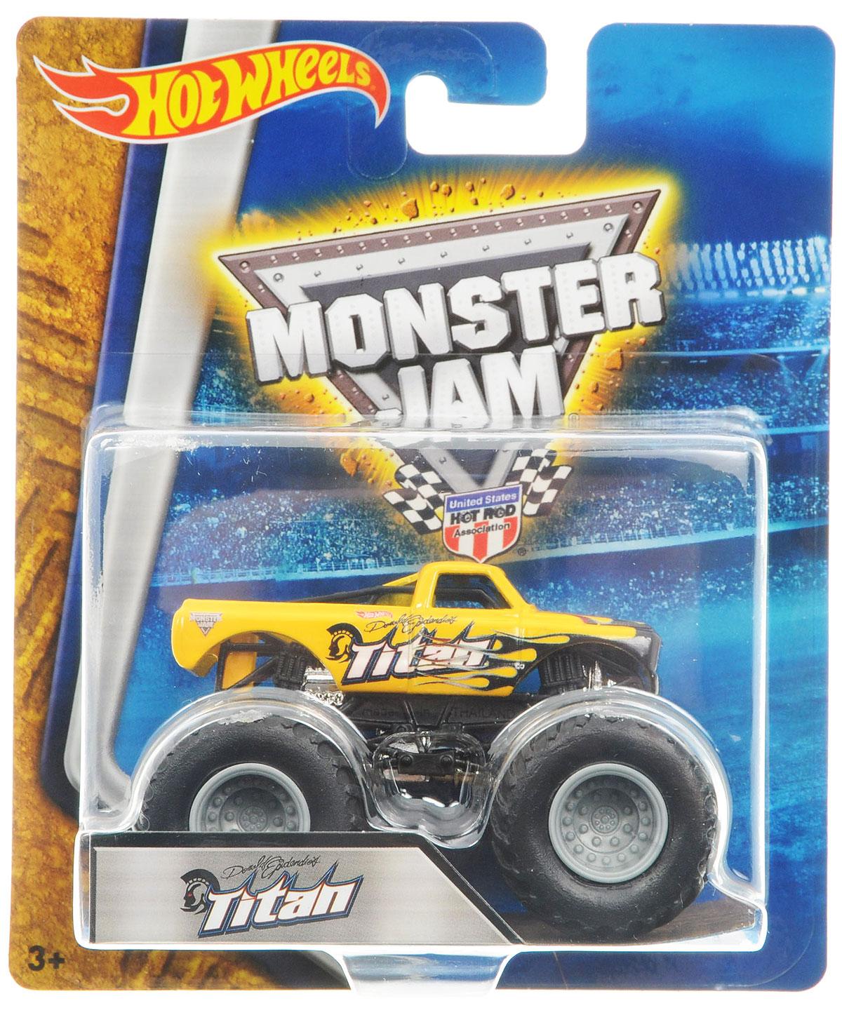 Hot Wheels Monster Jam Машинка TitanBHP37_DRR63Машинка Hot Wheels Monster Jam. Titan - это знаменитая модель легендарного автомобиля с большими колесами в масштабе 1:64. Литой корпус, сверкающая кабина, внушительный вид. Внедорожник с неповторимым тюнингом оценят как дети, так и взрослые! Детали игрушки выполнены из высококачественных материалов и абсолютно безопасны для детей. Порадуйте своего малыша таким замечательным подарком!