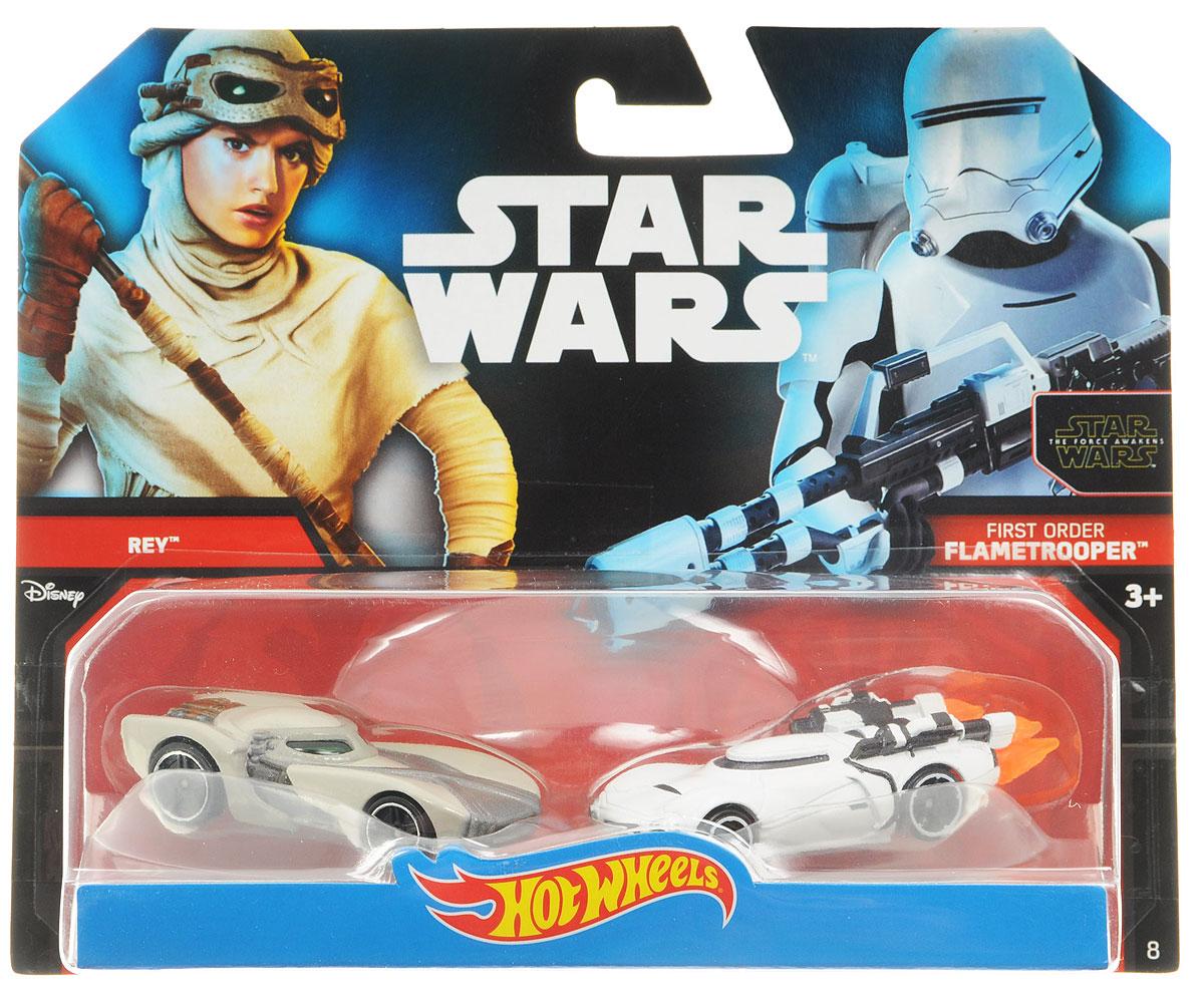 Hot Wheels Star Wars Набор машинок Rey и First Order FlametrooperCGX02_DJM01Машинки Hot Wheels Rey и First Order Flametrooper непременно приведут в восторг вашего малыша. Игрушки изготовлены из высококачественного пластика с элементами из металла в стиле любимых персонажей легендарной саги Звездные воины. Колесики машинок вращаются. Ваш ребенок будет часами играть с этими машинками, придумывая различные истории. Порадуйте его таким замечательным подарком.