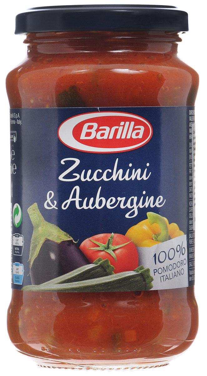Barilla Sugo Zucchini & Aubergine соус с цуккини и баклажанами, 400 г8076809521529Густой соус Barilla Zucchini & Aubergine из сладкого перца, баклажан, цуккини, слегка обжаренных вместе с легким соффритто из моркови, сельдерея и лука, и помидор вобрал в себя все оттенки вкуса свежих овощей. Приготовленный согласно традиции без консервантов этот соус поможет вам создать простое и в то же время изысканное блюдо. Чтобы максимально полно прочувствовать яркий солнечный вкус соуса Цуккини и баклажаны, предлагаем вам попробовать его вместе с Пипе Ригате. Их причудливая форма прекрасно раскроет все вкусовые нюансы этого соуса. Можно сразу можно соединить его вместе с отваренной до состояния аль денте пастой, либо, чтобы подчеркнуть вкус и аромат овощей, разогрейте соус на медленном огне или в микроволновой печи.