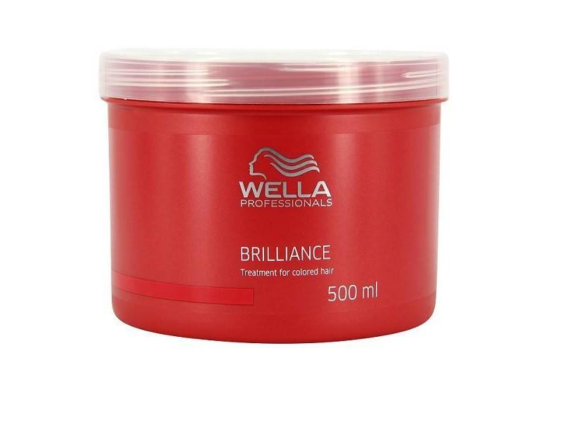 Wella Маска Brilliance Line для окрашенных нормальных и тонких волос, 500 мл122485Маска Wella для окрашенных нормальных и тонких волос имеет в своем составе уникальную бриллиантовую пыльцу, которая придаст вашим локонам естественное сияние и ухоженный внешний вид. Маска отлично защищает волосы от негативного воздействия окружающей среды, делает их более шелковистыми и мягкими, поддерживает естественный уровень рН и насыщает питательными веществами, а также стимулирует рост каждого волоска, успокаивает кожу головы. Как результат, ваши волосы станут более яркими, блестящими и послушными.