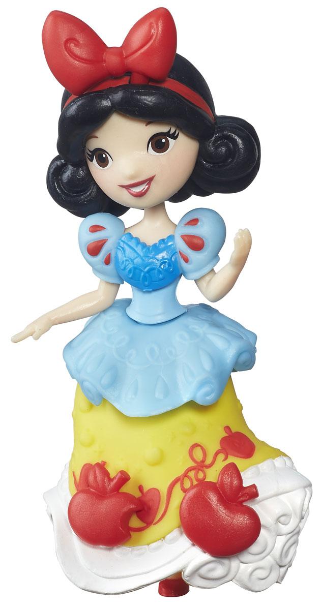 Disney Princess Мини-кукла Little Kingdom БелоснежкаB5321EU4_B5323Мини-кукла Disney Princess Little Kingdom. Белоснежка представлена в виде героини одноименного мультфильма в ее знаменитом наряде. Этот наряд прочно ассоциируется с принцессой, он просто волшебен и его сложно не запомнить. Пышное платье украшено множеством оборок и декоративных элементов. Хозяйка куклы сможет добавить к ним еще несколько - в комплект входят аксессуары в виде яблок, которые можно прикреплять к платью мини-куклы. Для этого в наряде имеются небольшие отверстия, в которые они вставляются. Эти отверстия не бросаются в глаза, даже когда украшений нет, поэтому наличие украшений на подоле будет зависеть только от настроения хозяйки. Мини-кукла Белоснежка выглядит просто очаровательно. Она совсем небольшая по размеру, однако, тщательно проработана. Ее внешний вид полностью повторяет облик девушки в мультфильме, у куклы такое же милое лицо с большими глазами, такая же прическа, в которой пышные темные волосы украшены красным ободком с бантиком....