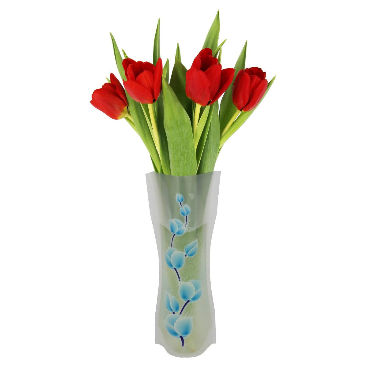 Ваза МастерПроф Синие пионы, пластичная, 1 лHS.040031Пластичная ваза Синие пионы легко складывается, удобно хранится - занимает мало места, долго служит. Всегда пригодится дома, в офисе, на даче, для оформления различных меропритятий. Отлично подойдет для перевозки цветов, или просто в подарок. Инструкция: 1. Наполните вазу теплой водой; 2. Дно и стенки расправятся; 3. Вылейте воду; 4. Наполните вазу холодной водой; 5. Вставьте цветы. Меры предосторожности: Хранить вдали от источников тепла и яркого солнечного света. С осторожностью применять для растений с длинными стеблями и с крупными соцветиями, что бы избежать опрокидывания вазы.