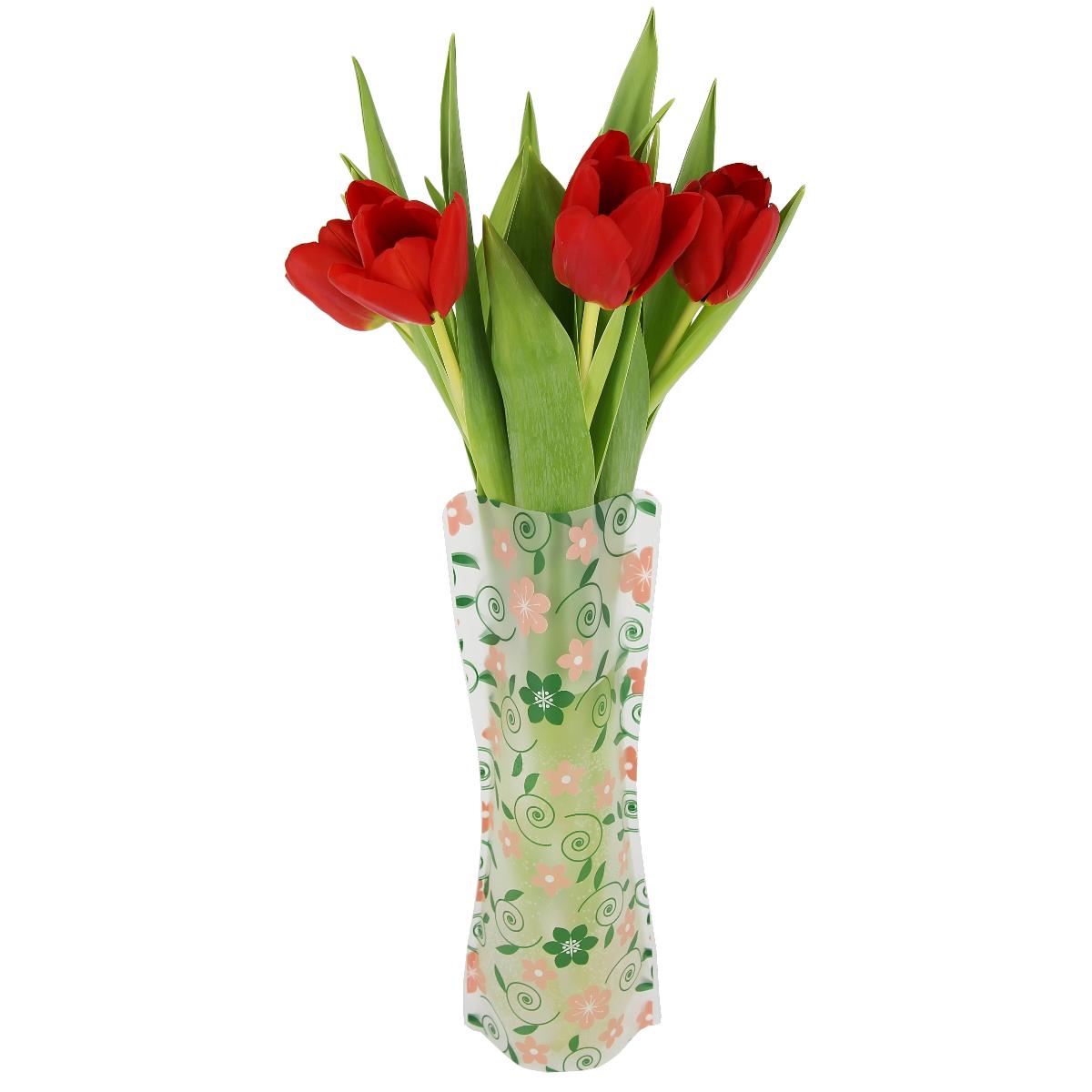 Ваза МастерПроф Летний узор, пластичная, 1 лHS.040034Пластичная ваза Летний узор легко складывается, удобно хранится - занимает мало места, долго служит. Всегда пригодится дома, в офисе, на даче, для оформления различных меропритятий. Отлично подойдет для перевозки цветов, или просто в подарок. Инструкция: 1. Наполните вазу теплой водой; 2. Дно и стенки расправятся; 3. Вылейте воду; 4. Наполните вазу холодной водой; 5. Вставьте цветы. Меры предосторожности: Хранить вдали от источников тепла и яркого солнечного света. С осторожностью применять для растений с длинными стеблями и с крупными соцветиями, что бы избежать опрокидывания вазы.